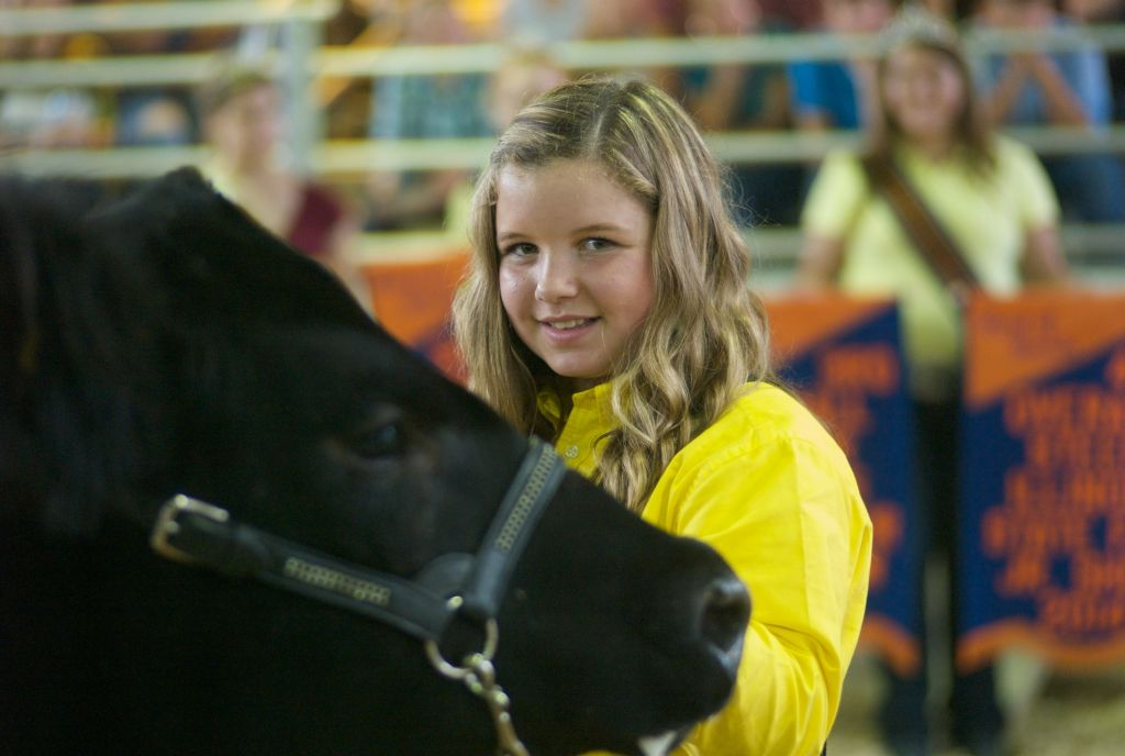 Shaelye Varner with her champion steer